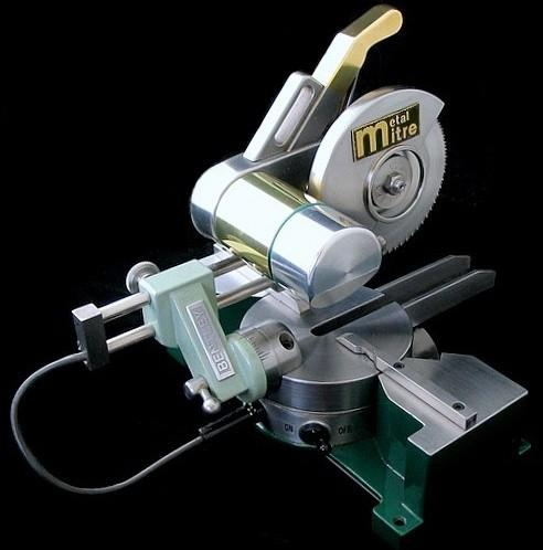 Coumpound Miter Saw - rear